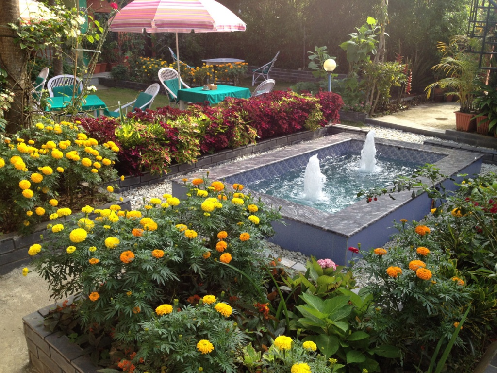 Water Fountain and Garden - Photo Gallery
